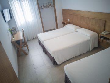 Hotel-Abadi (7)